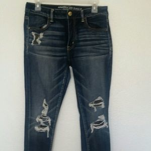 AEO super stretch Jegging ripped size 8 short